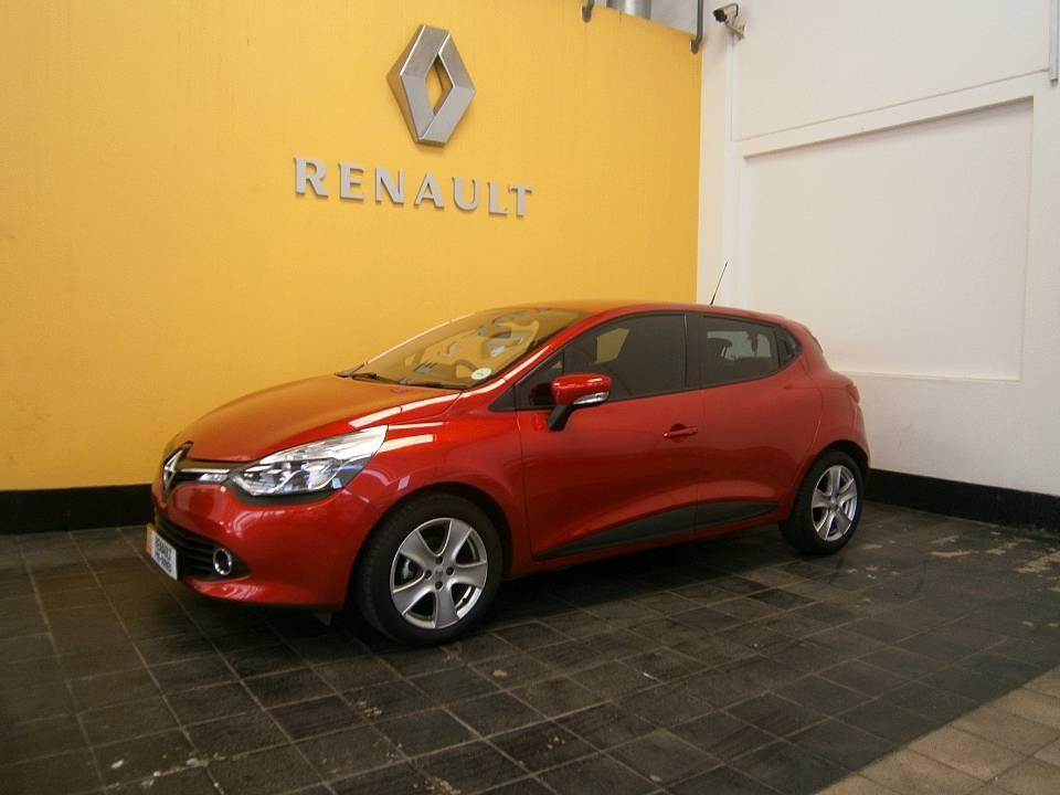 used 2014 clio 4 0 9 turbo expression for sale in johannesburg renault retail bryanston. Black Bedroom Furniture Sets. Home Design Ideas